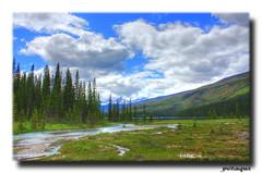HDR Perspectiva del rio llegando al lago