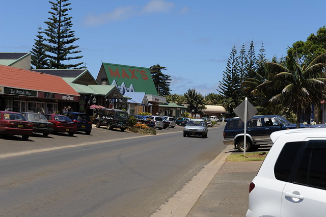 Burnt Pine Norfolk Island  City new picture : Burnt Pine | Taylors Road, the main street in Burnt Pine, th ...