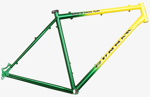 "<p>Rock Hound with a vertical fade from Flamboyance Yellow to  Indy Green over Shamrock Green - 56676.<br /> <br /> gunnarcycles<br /> gunnarbikes <br /> <a href=""http://gunnarbikes.com"" rel=""nofollow"">gunnarbikes.com</a></p>"
