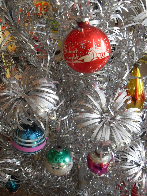 1940s Christmas Decorations The Image