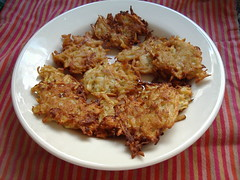 meal, breakfast, fried food, fritter, pakora, produce, food, dish, cuisine, potato pancake,