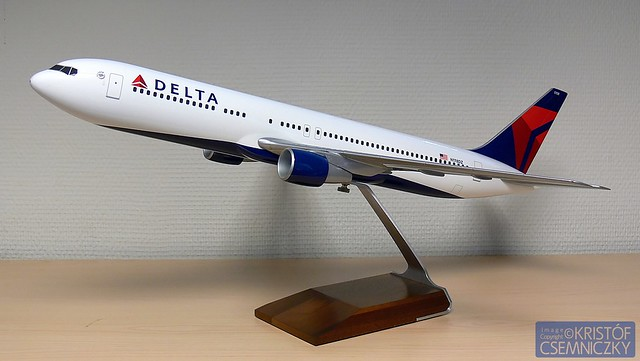 delta ticket agent