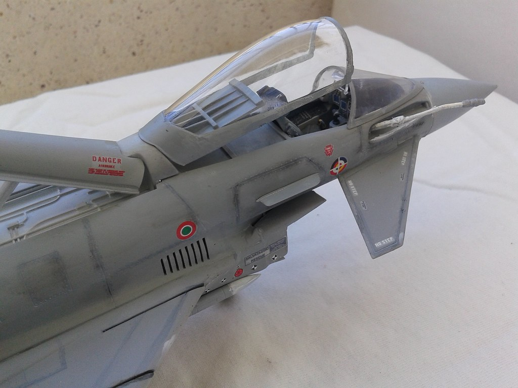 1/48 italeri eurofighter-typhoon 13174165965_b90d43ae98_b