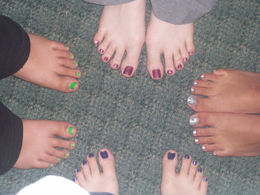 Colorful Toes