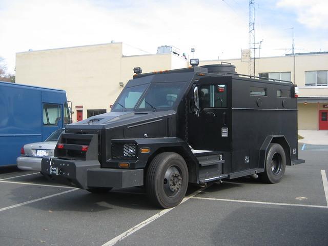 SWAT Vehicles 3955320135_bbe45187e4_z
