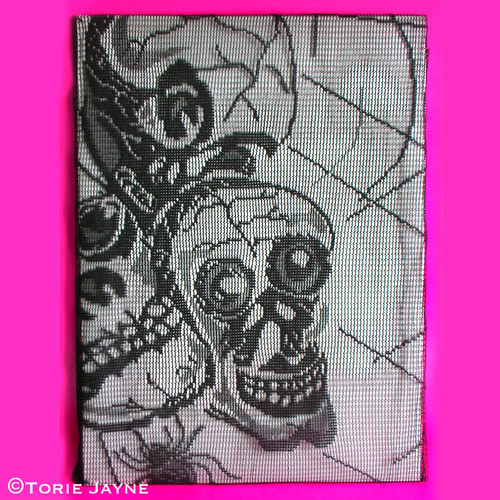 Skull lace tablecloth