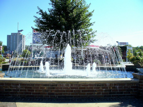 water fountain fivepoints columbiasc