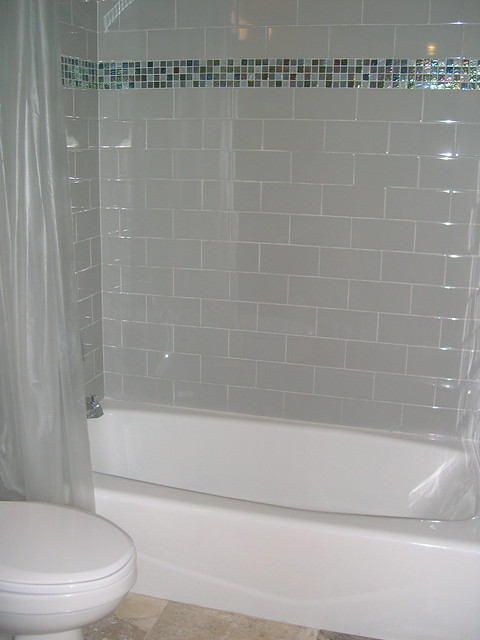 Subway Tile With Glass Border White 4 X8 Subway Flickr Phot