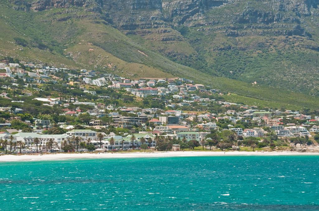 пляж Camps Bay