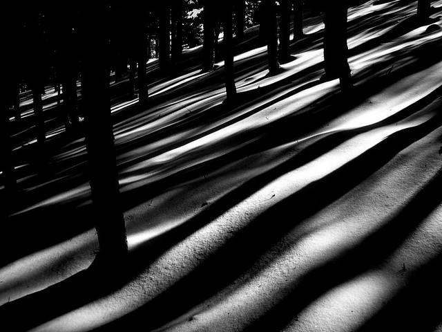 Dark whispers, Nikon COOLPIX S7c