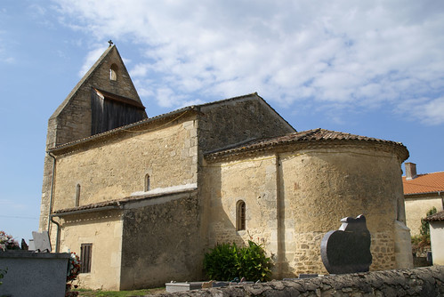 SAINT-LAURENT DU PLAN - chevet de l'église