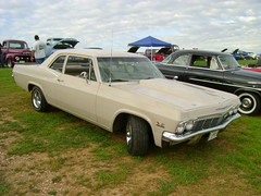 1965 Chevy Biscayne by splattergraphics