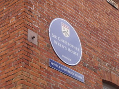 Photo of Christopher Wren blue plaque