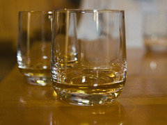 alcohol, old fashioned glass, whisky, drinkware, distilled beverage, glass, drink, alcoholic beverage,