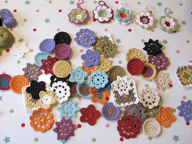 Crochet flowers by Emma Lamb