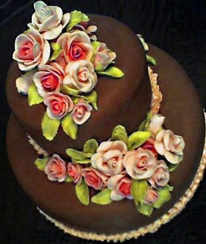 Wilton Cake Decorating Class, Fondant and Tiered Cakes ...