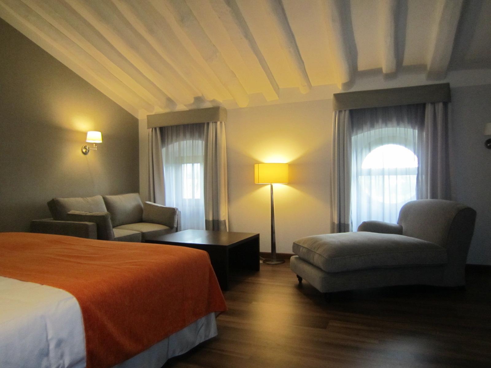 Habitaciones abuhardilladas hotel termas 4 flickr photo sharing - Habitaciones abuhardilladas ...