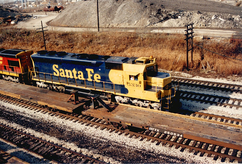 Eastbound Atchison, Topeka & Santa Fe freight train approaching the South Pulaski Road overpass bridge.  Chicago Illinois.  November 1987. by Eddie from Chicago