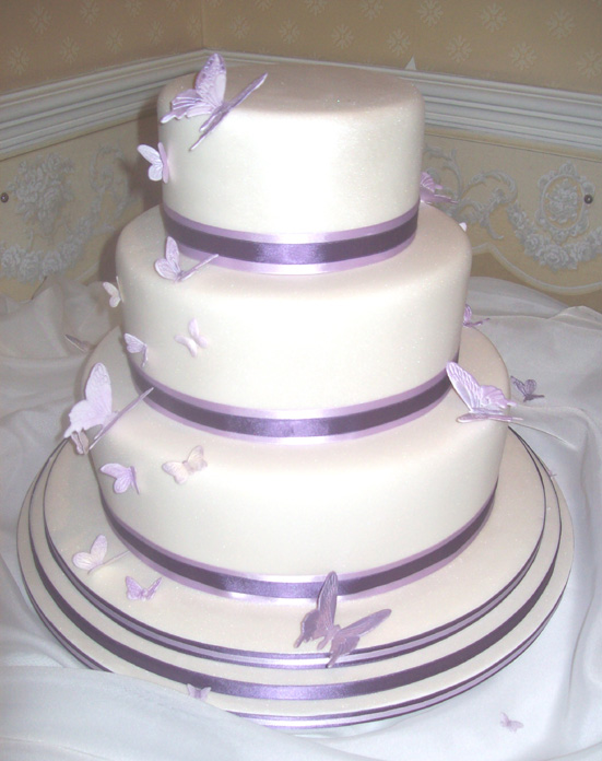 butterflies for wedding cakes butterfly wedding cake my wedding cake three 12274