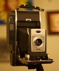 digital camera(0.0), single lens reflex camera(0.0), mirrorless interchangeable-lens camera(0.0), digital slr(0.0), cameras & optics(1.0), camera(1.0), instant camera(1.0), reflex camera(1.0),