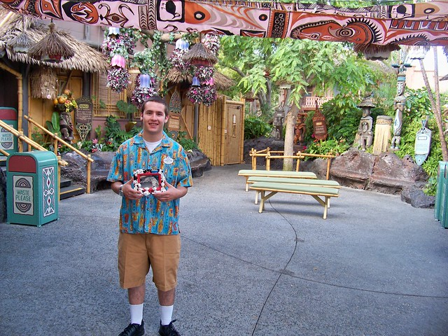 Enchanted Tiki Room Cast Member and Birney in the ...