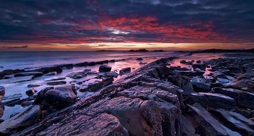 sea seascape clouds sunrise scotland rocks fife estuary filter lee nd filters gloaming d300 seafield