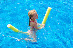 swimming(0.0), sports(0.0), swimmer(0.0), underwater(0.0), swimming pool(1.0), play(1.0), recreation(1.0), outdoor recreation(1.0), leisure(1.0), water sport(1.0),