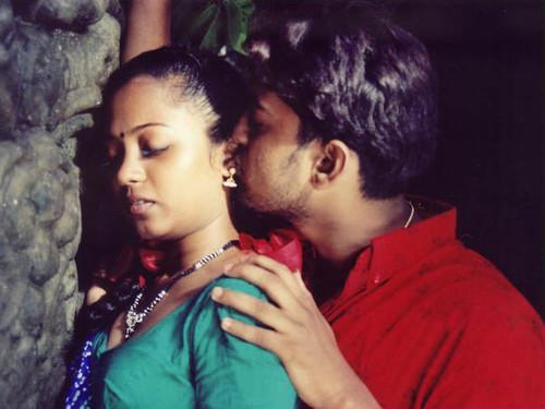 Kadhal Kadhai Sexy Hot Tamil Movie 13