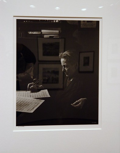 Enescu fotografiat de Yousuf Karsh by peromaneste