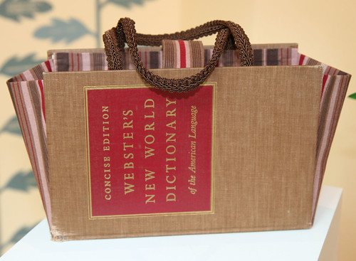 Book purse care2 healthy living for How to reuse old books