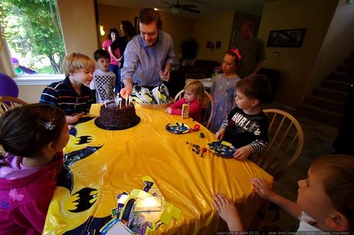 john lighting candles on Ian's birthday cake    MG 6327