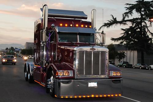 Custom Semi Trucks Peterbilt Peterbilt Semi Truck