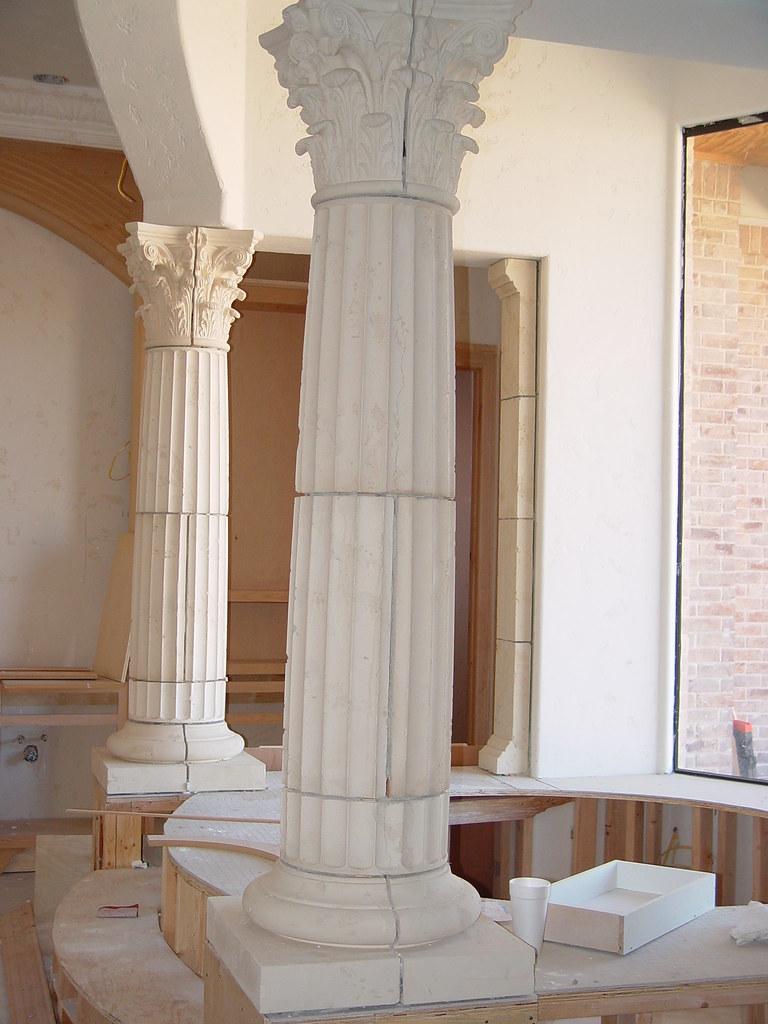 roman bathroom decor