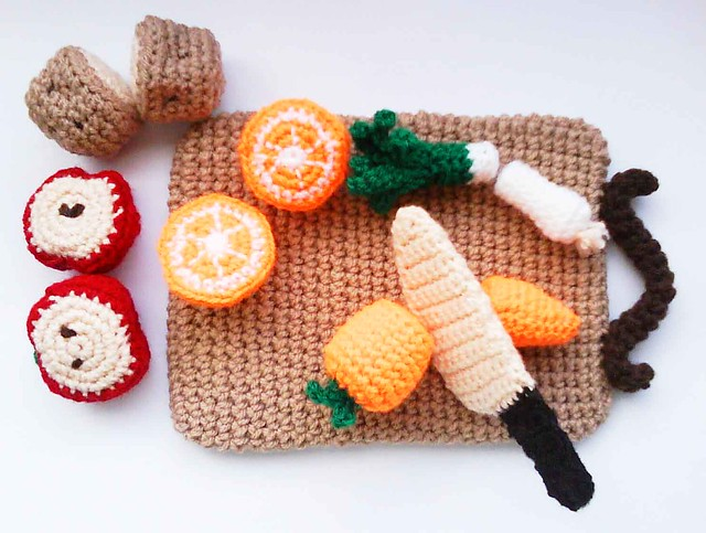 Knitting Pattern Central Food : Kitchen play set with Fruits, Vegetables and Chopping board Crochet Pattern -...