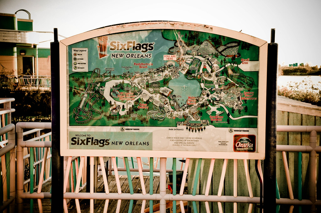 Six Flags New Orleans 200