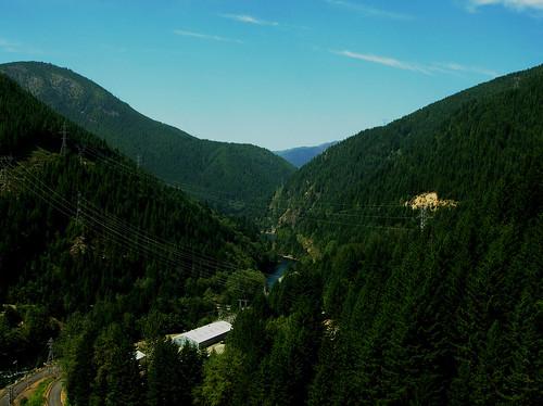trees summer usa oregon forest river landscape nikon dam detroit valley cascades 4800 northsantiam e4800 nikone4800