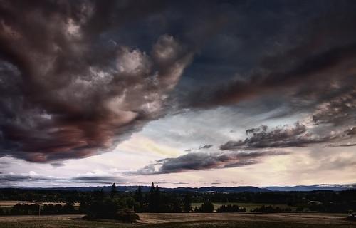 pink blue sunset sky cloud oregon canon dark eos hill hdr 40d