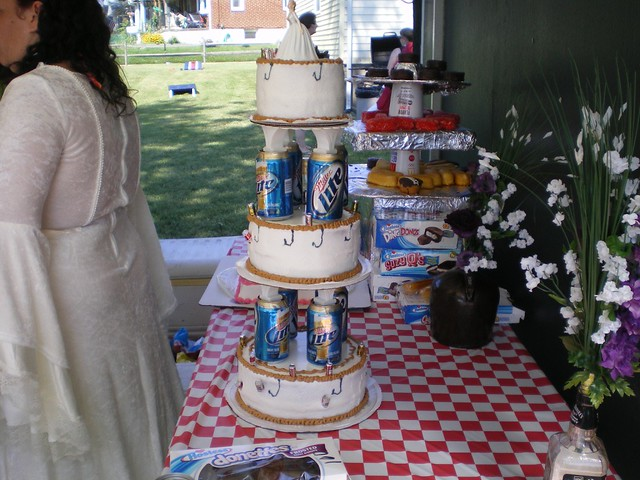 Redneck Wedding Cakes | Redneck Wedding Cake Jay Laura And Family Flickr