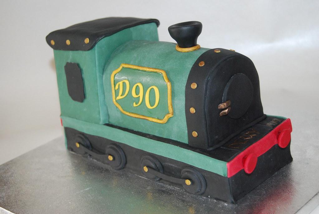 90 VINTAGE TRAIN BIRTHDAY CAKE