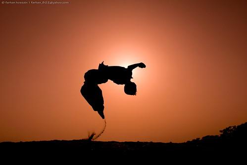 sunset canon jump jumping sand child bangladesh padma vaggokul jymnast