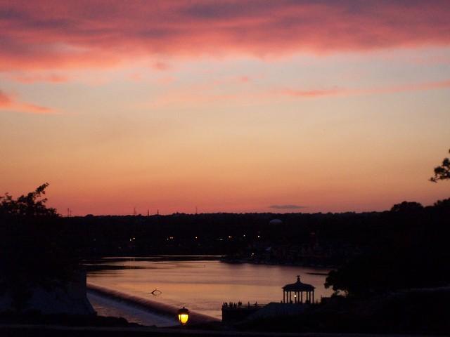 schuylkill river at dusk