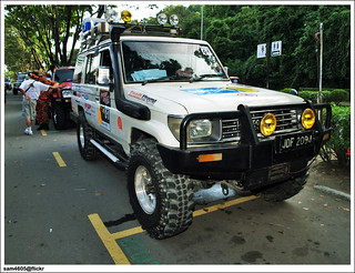 4x4 Borneo Safari 2009 Flag Off - Toyota landcruiser Mark II
