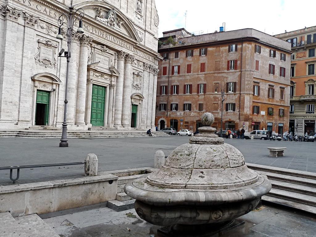 Piazza Della Chiesa Nuova Roma A Photo On Flickriver