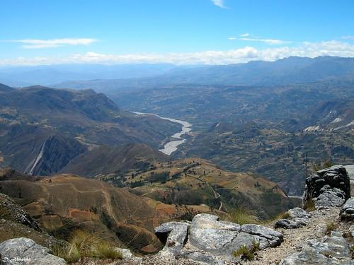 Marcahuamachuco: Vista del Valle de Huamachuco desde Las Monjas