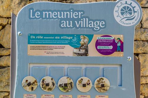 17-Le meunier au village