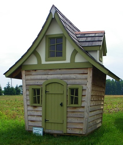 Shedlast quirky garden sheds for Unique garden shed designs