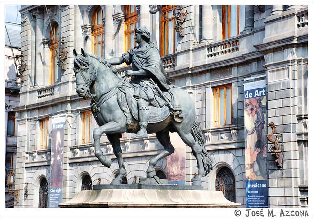 México DF. Estatua ecuestre de Carlos IV (El Caballito).