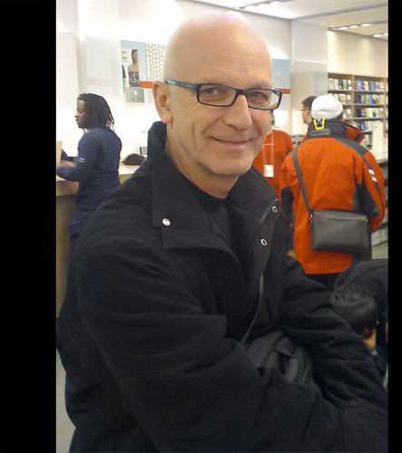 KIM MITCHELL @ The Apple Store (Sherway Gardens)