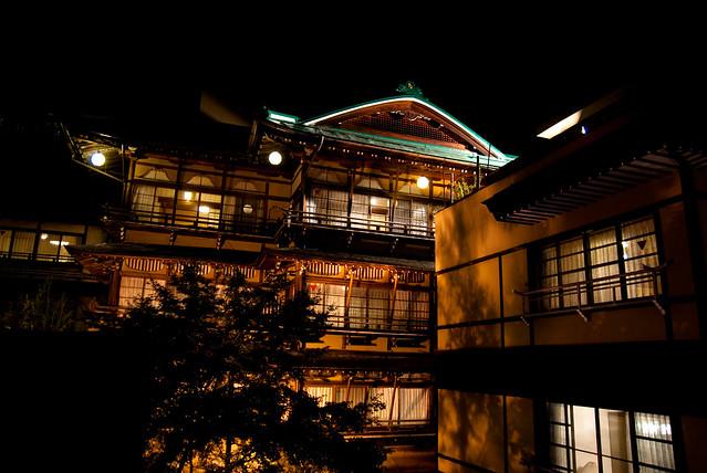 渋温泉の夜景