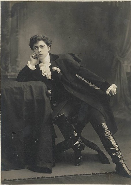"Minnie Tittell Brune [as the Duke of Reichstadt in Edmond Rostand's play ""L'Aiglon""] / The Talma Studios, 374 George Street, Sydney [1904-1908]"